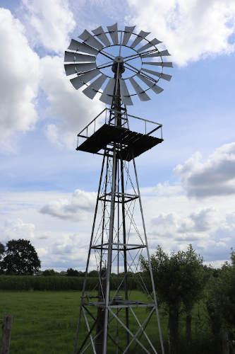 Amerikaanse molen in Heino waar we langs wandelen